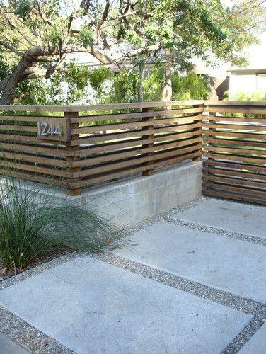 Rimoitus Ideoita Pihalle Kalliolle Kukkulalle Modern Front Yard Front Yard Design Yard Design