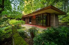 Frank Lloyd Wright Usonion Rambler Issaquah Washington Usonian House Frank Lloyd Wright Frank Lloyd Wright Homes
