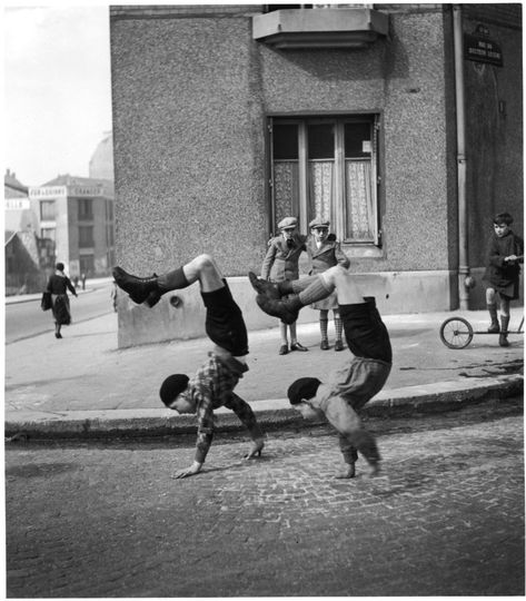 Atelier Robert Doisneau | Robert Doisneau's photo archives. - Children