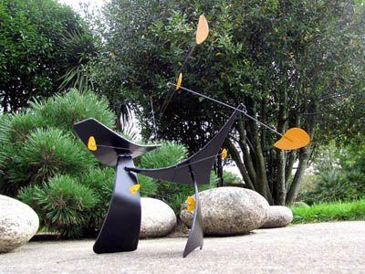 Creation De Stabiles Et Mobiles De Jardin Sculptures Jardin Stabilemobile Sculpture Jardin Deco Deco Interieure