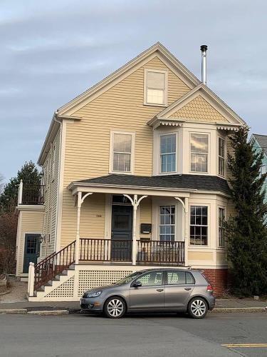 4 Florence St Unit 1 Salem Ma Swampscott The Unit Real Estate Sales