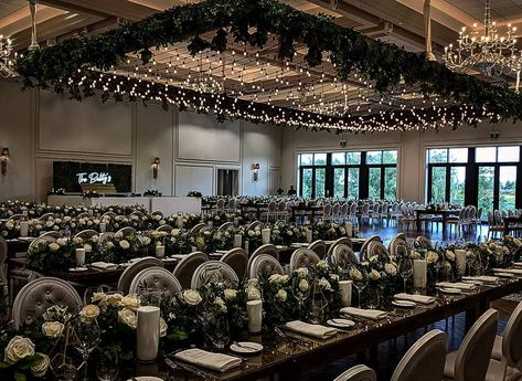 It's a sea of Flowers and Garden Lights from @r5events @thearlingtonestate @hgplanners . . . #weddingdesign #r5events #arlingtonestates #arlingtonestate #weddingceiling #gardenwedding #weddingdecor #rusticweddingdecor #rusticwedding #elegantwedding