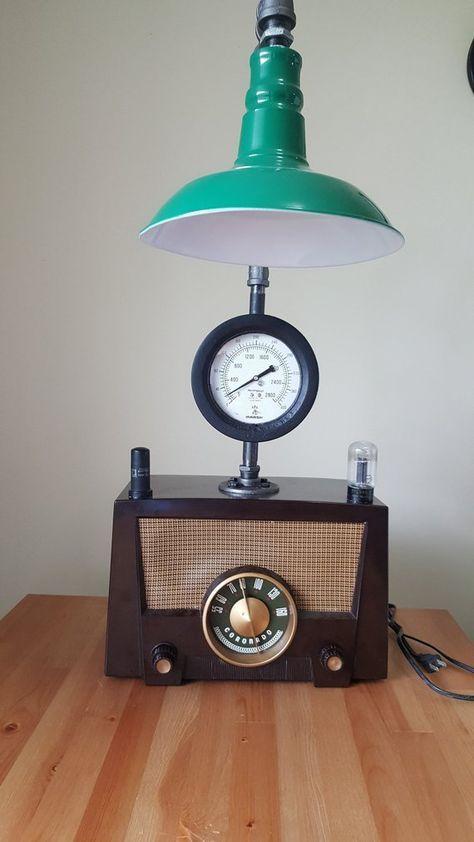 Radio Vintage Radio Coronado 15ra 43 8365 Made In 1952 Usa On Top Radio Tube And Rca Electron Parts Of The Radio The Green Lamp Shade Retro Lamp Lamp