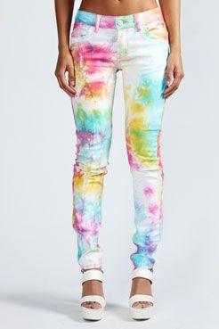 Tie-dye jeans! #90sdream