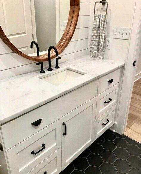 Bathroom makeover #beautifulflooringrenovations