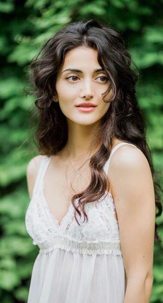 Susana Aslanova Beauty Female Portraits Portrait