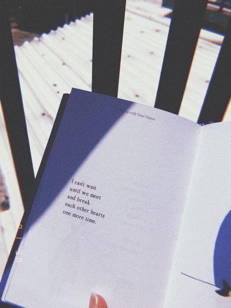 [frase de livro] Ler é magia. Escrever é milagre