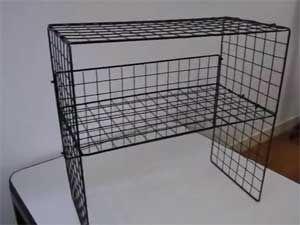 100均ワイヤーネットの収納活用アイデア 棚の作り方など紹介 コタローの日常喫茶 100均 ワイヤーネット ワイヤーネット 100 円ショップ裏技