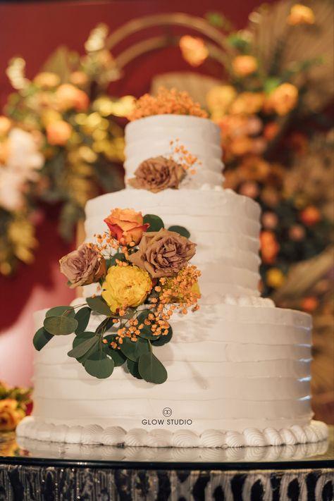 #weddingphotos #preweddingphotoshoot #young #youth #couple #hanoiwedding #glowstudio #weddingstudio #weddingceremony #weddingparty #weddingcake #weddingmoments