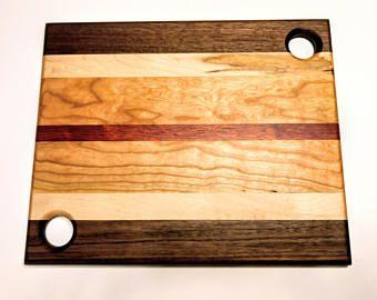 Articles Similaires A Planche A Decouper Chevron Issus De Bois Exotiques Dur Sur Etsy Planche A Decouper Plancher