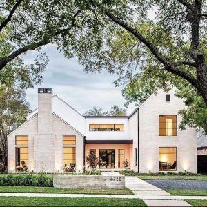 27 Modern Farmhouse Exterior Design Ideas For Stylish But Simple Look Ruang Harga Modern Farmhouse Exterior Modern Farmhouse Design House Exterior