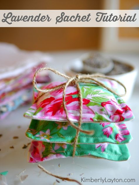 How to Make Lavender Sachets...I love having these ready to give as gifts whenever I need them!  #lavender #diygift
