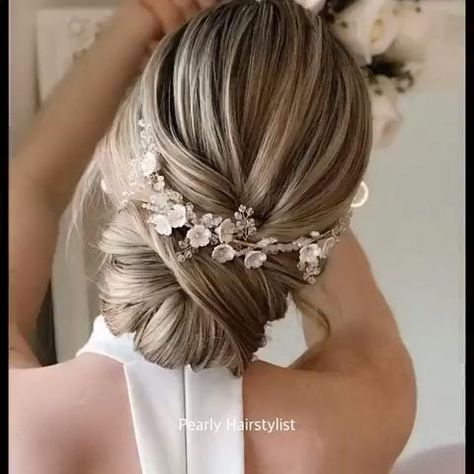 Stunning elegant up do hair tutorial to watch and to re-create at home...