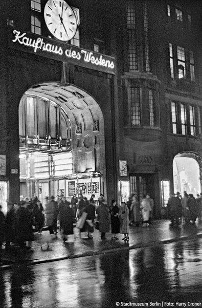 Kaufhaus Des Westens In Den 20ern Berlin Photos West Berlin Berlin