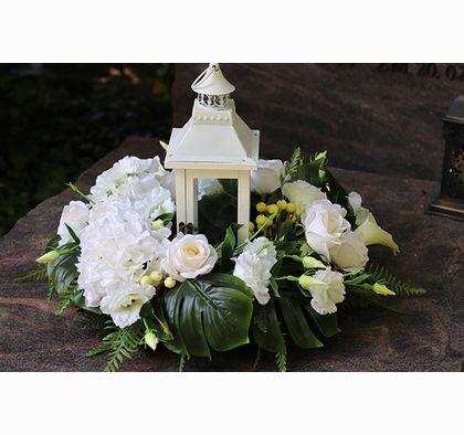 Angelo Garden Komplet Dekoracji Wianek Lampion Z Kwiatami I Aniolem Tendom Pl Funeral Flowers Grave Decorations Diy Flowers