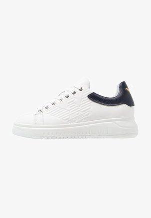 object Object] | Emporio armani, Scarpe adidas, Sneakers