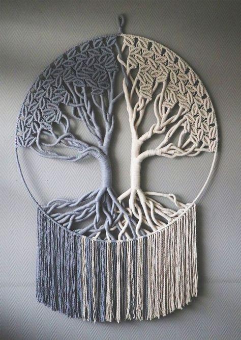 Macrame Design, Macrame Art, Macrame Projects, Macrame Knots, Macrame Wall Hanging Patterns, Macrame Plant Hangers, Macrame Patterns, Yarn Crafts, Diy And Crafts