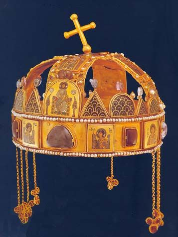 Hungarian royal rown lower and upper parts were fitted together in 12th century. Gold, cloisonne   enamel. Hungarian National Museum, Budapest, Byzantine style