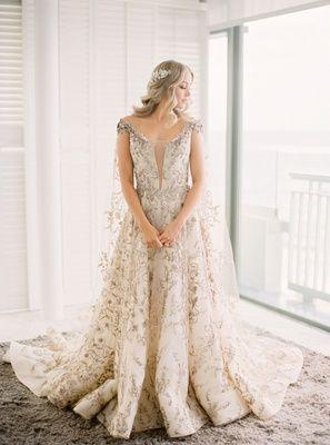 La Dodgers Kike Hernandez Mariana Vicente S Puerto Rico Wedding Inside Weddings Classic Wedding Dress Wedding Dresses Wedding Gown Inspiration