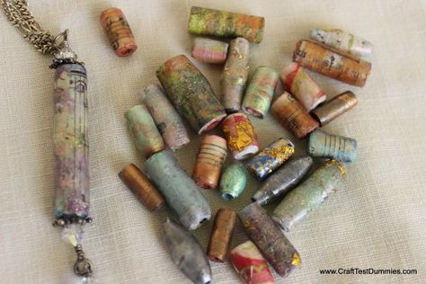 Green Craft: Faux Lampwork Paper Beads from CraftTestDummies.com