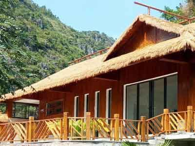 Pin By Kangxue Synthetic Thatch Syn On Kangxue Synthetic Thatch Synthetic Roofing Tiki Hut Thatch
