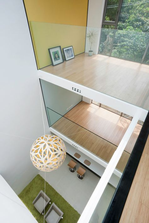 A House with a Glass Ceiling: House 3098 by HEAD Architecture