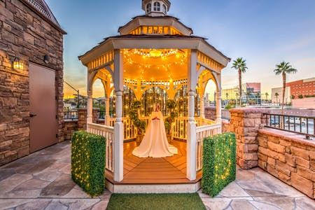 The Terrace Gazebo Twinkle Lit Outdoor Las Vegas Wedding Las Vegas Wedding Chapel Chapel Wedding