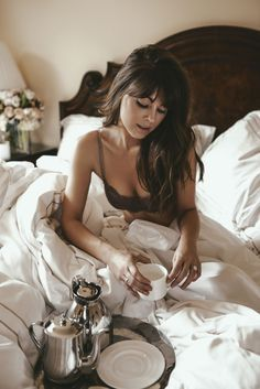Boudoir ThirdLove - The last bra you'll ever buy // Margo and Me. Boudoir Photos, Boudoir Photographer, Lingerie Shoot, Bra Lingerie, Portrait, How To Pose, Photography Poses, Lingerie Photography, Photoshoot Inspiration