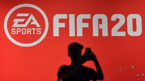 FIFA 20: Unplayable garbage  New career mode slammed online