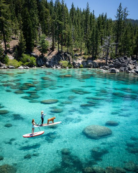 Lake Tahoe SUP! Lake Tahoe in the summer is the ultimate adventure travel destination! This Lake Tahoe itinerary includes all the best things to do at the lake including, hiking, mountain biking, water sports, and all the best photography ops! Lago Tahoe, Beautiful Places To Travel, Cool Places To Visit, Places To Go, Romantic Travel, Romantic Vacations, Beautiful Places In California, Romantic Weekend Getaways, Voyage Usa