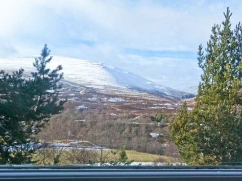 Imagine this being the view from your self catering cottages window? - Myrtle Cottage