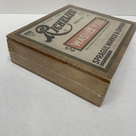 Old Richelieu Brand Washed Figs Wood Box, Packaging