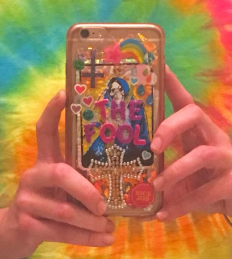 Diy Phone Case, Cute Phone Cases, Iphone Cases, Instagram Cool, Estilo Indie, Aesthetic Phone Case, Indie Girl, Aesthetic Indie, Lisa Frank