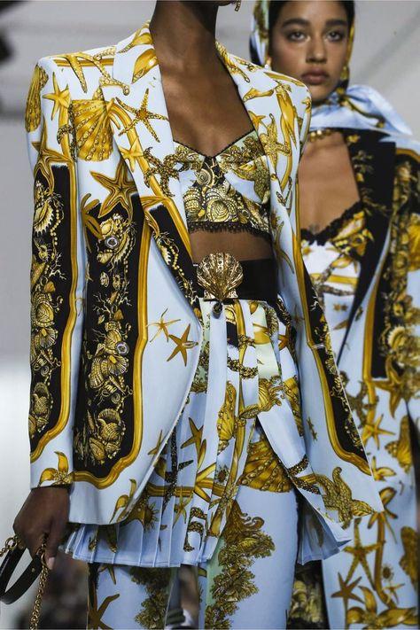 Versace Ready To Wear Spring Summer 2018 Milan