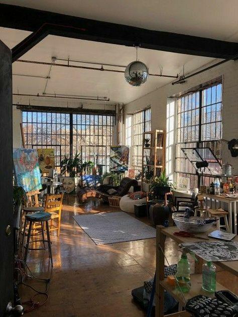New York Studio Apartment, New York Apartments, Dream Apartment, Apartment Interior, Modern Loft Apartment, Loft Apartment Decorating, Apartment Layout, Apartment Design, Seoul Apartment