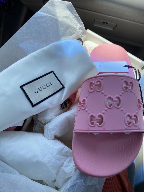 Minion Shoes, Shoe Makeover, Cute Slides, Aesthetic Shoes, Hype Shoes, Gucci Shoes, Disney Shoes, Hand Painted Shoes, Fresh Shoes