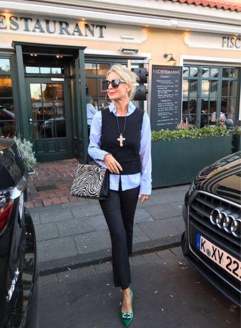 Kleine Frau Ganz Gross Stilexperte Fur Styling Und Anti Aging 45 In 2020 Frau Damenmode Outfit