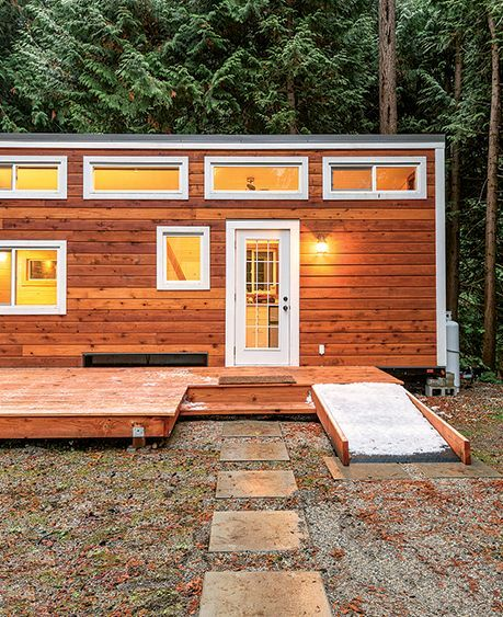 9 Cozy Cabins Under 1 000 Square Feet Cozy Cabin Tiny Cabins Cabins And Cottages