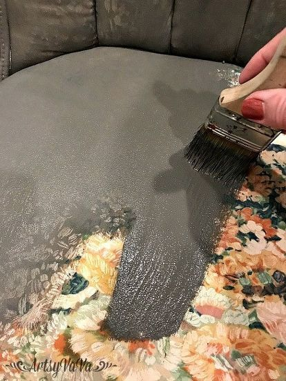 how to paint upholstery fabric furniture upholstery with chalk paint How To Properly Paint Upholstery Furniture Chair Upholstery, Chair Fabric, Upholstered Furniture, Reupholster Couch, Patio Furniture Cushions, Upholstery Cleaner, Outdoor Cushions, Wingback Chair Slipcovers, Diy Furniture Chair