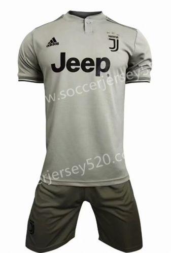 huge discount e3866 80e8f 2018-19 Juventus Away Gray Soccer Uniform   Quality Soccer