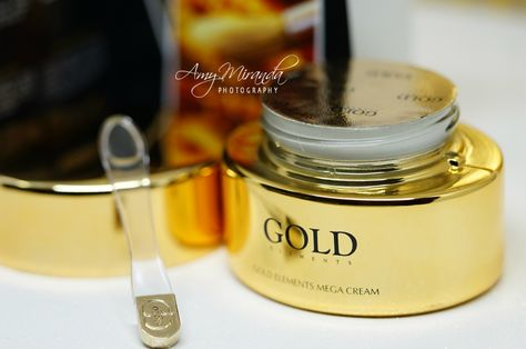 Gold Elements Mega Cream The Most Expensive Cream With Real Gold Amymirandamakeup Cream Gold Most Expensive