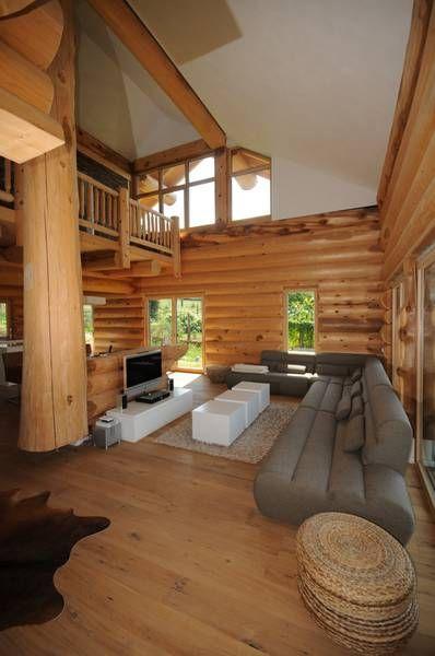 Kanadisches blockhaus modern  Holzhaus, Rundstammhaus, Blockhaus, Naturstammhaus Massivholzhaus ...