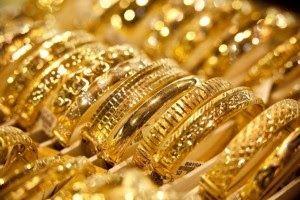 تراجعت أسعار الذهب خلال تعاملات اليوم بنحو 3 جنيهات ليسجل الجرام عيار 21 نحو 692 جنيها مقابل 695 جنيها أمس نتيجة هبوط أسعار المعدن Gold Gold Price Gold Rate