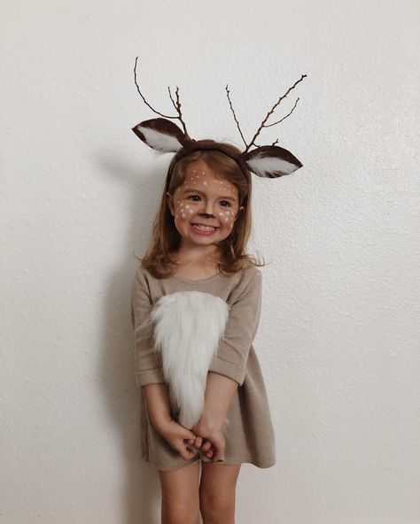 christmas costumes for halloween My little deer from this past weekends birthday partyI couldnt handle . Girl Deer Costume, Deer Costume For Kids, Bambi Costume, Animal Costumes For Kids, Deer Halloween Costumes, Pirate Costume Kids, Halloween 2018, Halloween Kids, Party Animal Costume
