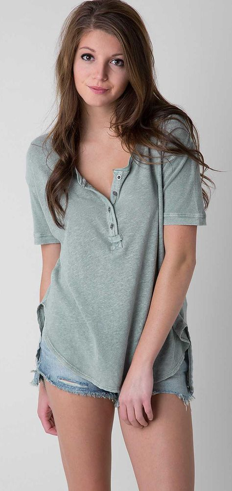 Free People Downtown Girl Henley Top - Women's Shirts/Tops   Buckle