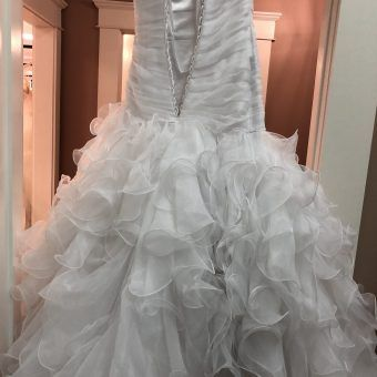 Wedding Dresses Bridal Gowns Wedding Resale Budget Wedding Dresses Budget Wedding Wedding Plan Wedding Dresses Diy Wedding Dress Spring Wedding Dress