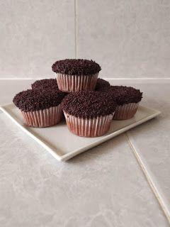 شهيوات خفيفة ظريفة كاب كيك بالشوكولا Mini Cupcakes Desserts Food