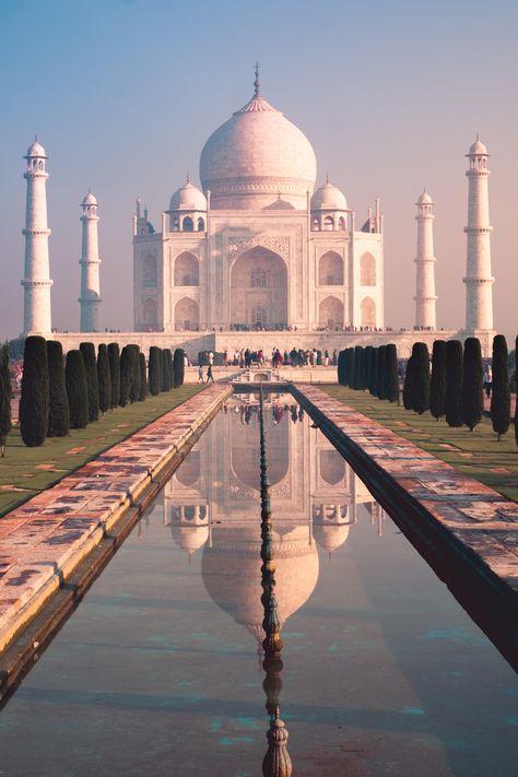ITAP of the Taj Mahal at sunrise by clondon . . . . #photos #amazingworld #world #amazingphotography #amateurphotography #photography #incrediblephotos