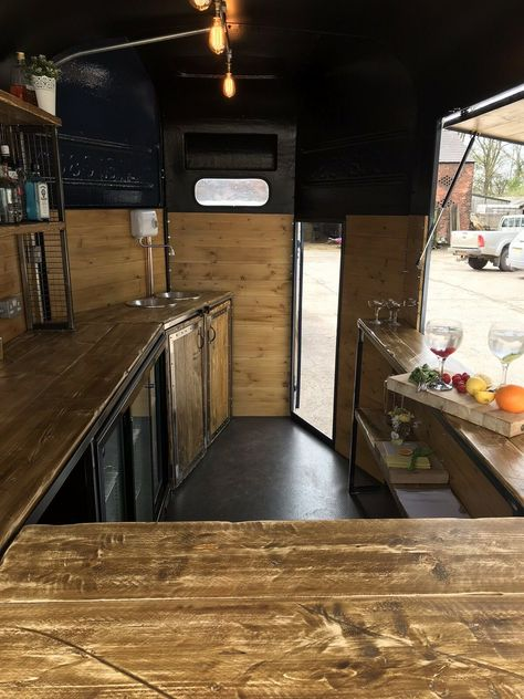 Horse Trailer Mobile Bar~Gin~Fizz ~Coffee Bar Wedding Festival Hire Business Picture 7 of 12 Catering Trailer, Food Trailer, Catering Van, Concession Trailer, Catering Display, Catering Ideas, Mobile Bar, Hy Citroen, Converted Horse Trailer
