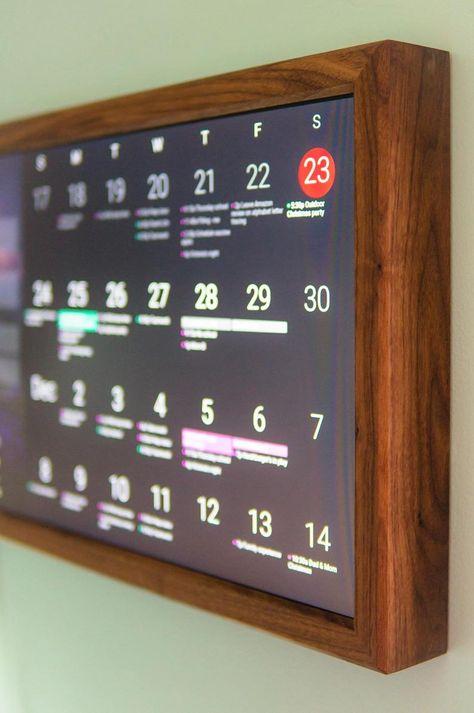 Smart Home - Digital Wall Display - Smart Screen - Wifi Calendar - Rasperry Pi - Smart Hub Smart Mirror Diy, Diy Mirror, Home Office Setup, Home Office Design, Rack Tv, Pc Gaming Setup, Diy Tech, Pi Projects, Smart Home Technology